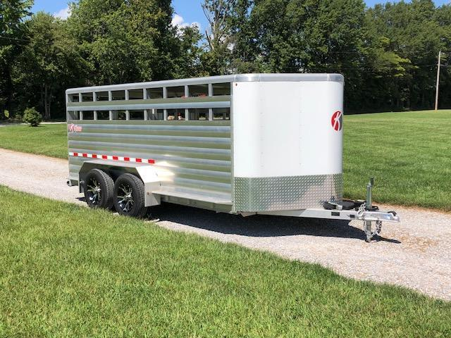 2015 Kiefer Manufacturing Low Profile Livestock Trailer