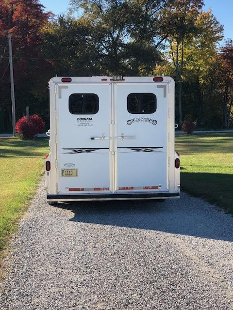 2001 Bloomer Trailer Manufacturing LQ Horse Trailer
