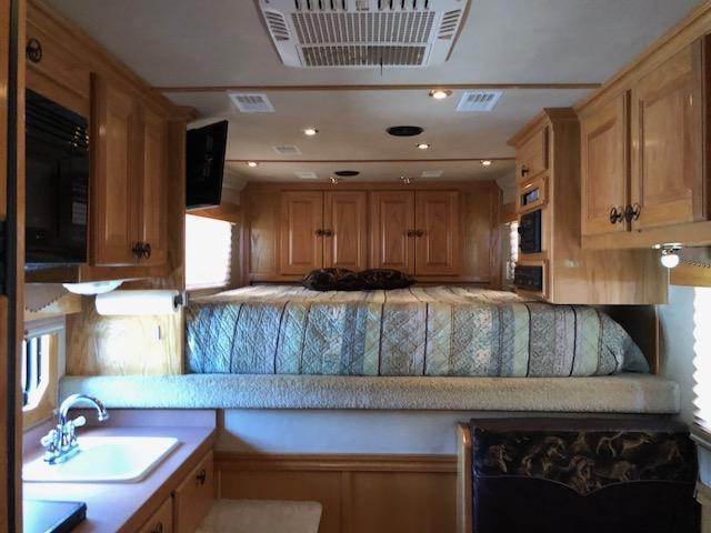 2003 Elite 4 Horse Trailer with Outlaw Living Quarters