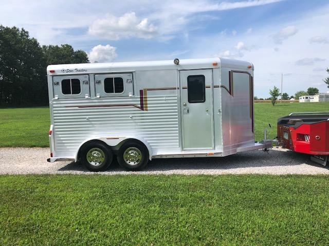 1996 4-Star 2 Horse Slant Trailer