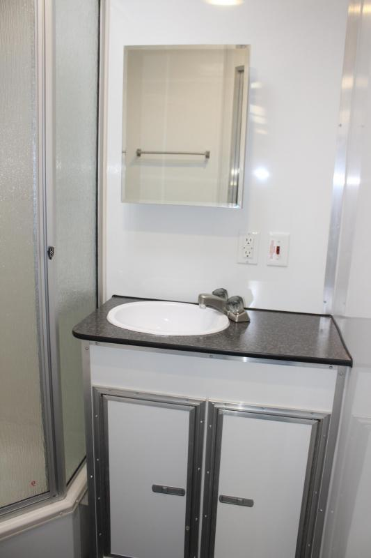 Now Available GN/Full Bathroom 2019 44' Millennium Platinum Perfect Price/Perfect Options