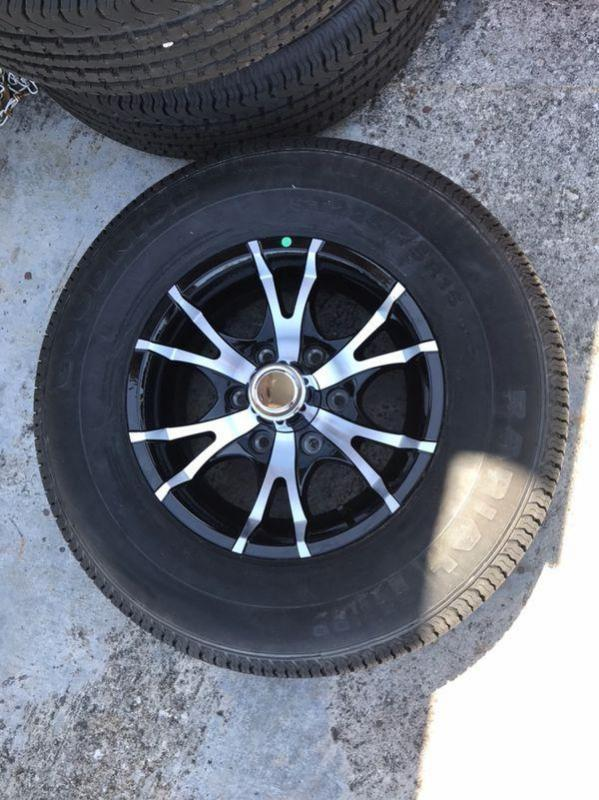 *TLR PTS*   TRAILER PARTS   TIRES   WHEELS   LIGHTS   BRAKES   HITCHES   B&W GOOSENECK HITCHES