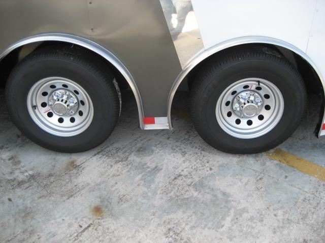 *E12C* 8.5x24 Enclosed Car Hauler Cargo Trailer HAULERS 8.5 x 24 | EV8.5-24T7-R