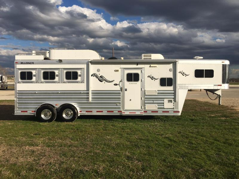 2012 Platinum Coach 2012 Platinum 3 horse outlaw 9ft short wall Horse Trailer
