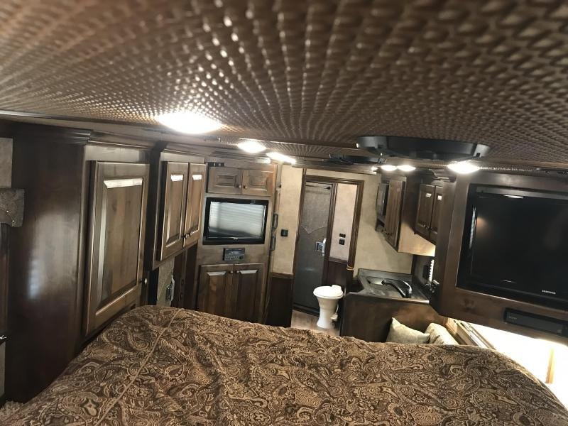 2018 Platinum Coach 4 Horse Side Load 13 Short Wall Horse Trailer
