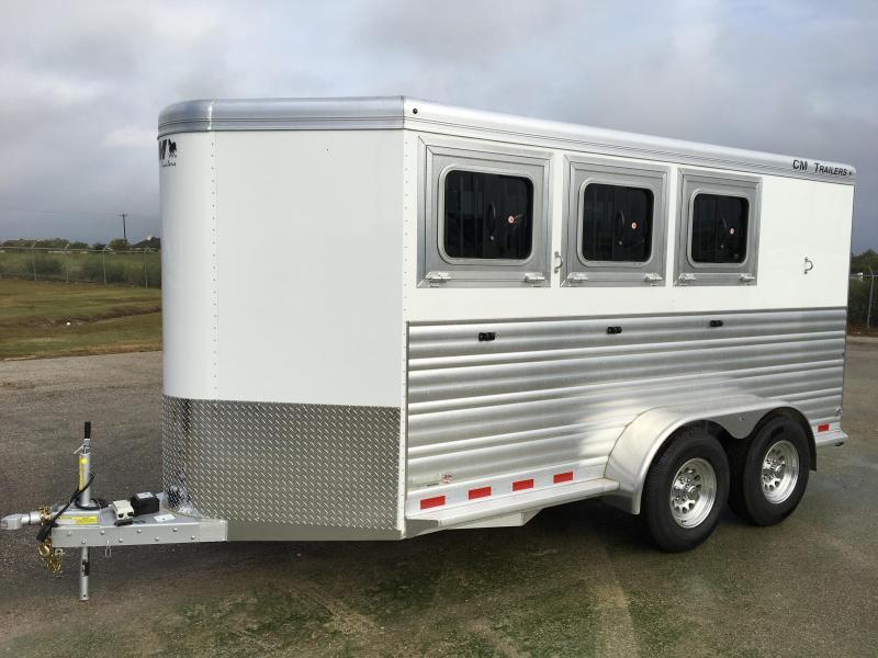 2018 CM Renegade 3HBP Horse Trailer in Ashburn, VA