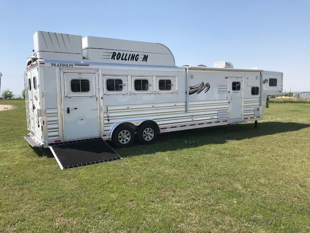 2018 Platinum Coach 4 Horse 13 ft LQ Side Load w/slide Horse Trailer