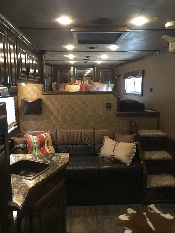 2015 Platinum Coach 4 Horse with a 13 4 ft Short Wall Horse Trailer