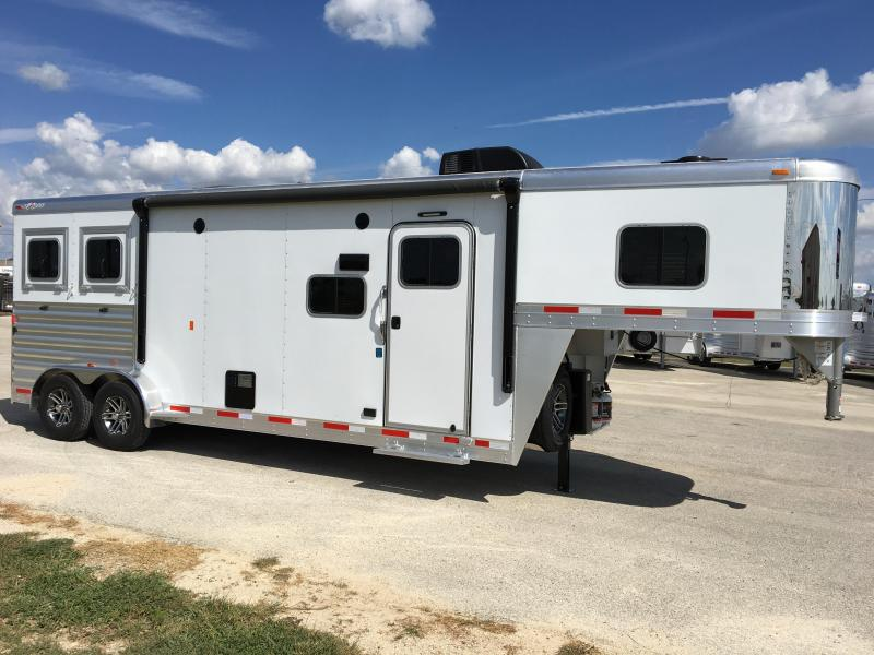 2018 Exiss Trailers Escape 7210 LQ Horse Trailer in Ashburn, VA