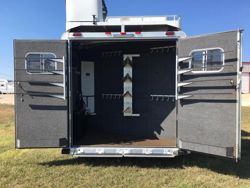 2016 Platinum Coach 4 Horse Side Load 15.7 ft Short Wall Horse Trailer
