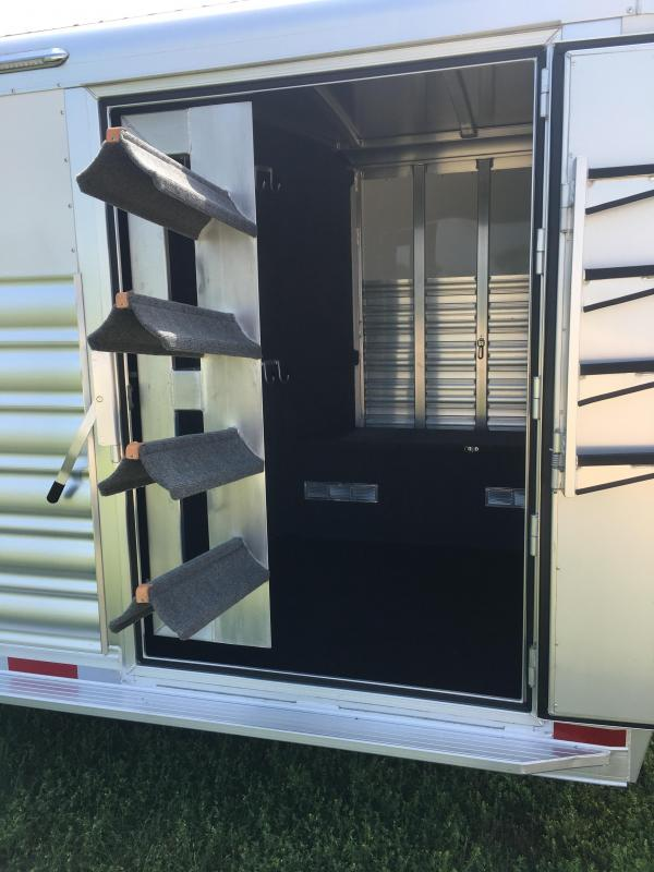2019 Platinum Coach 24 ft Sport Combo with 4 ft Wide Tack Room Door Livestock Trailer