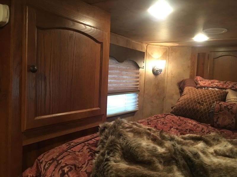 2014 Lakota Charger 4 Horse 13 ft Short Wall with Slide Horse Trailer