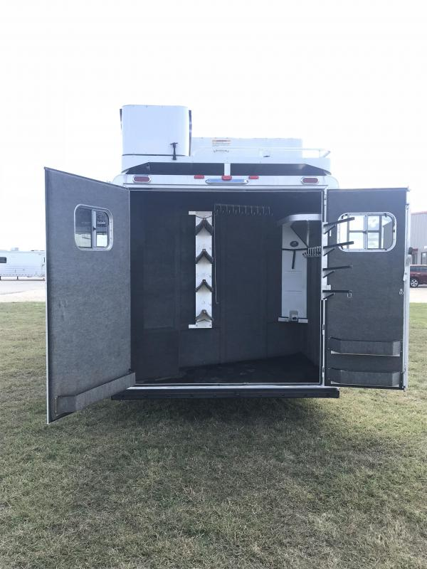 2015 Platinum Coach 4 Horse 12 Short Wall Reverse Load Horse Trailer