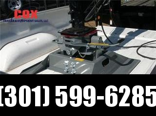 2015 B and W GN AND FIFTH WHEEL HITCHES Truck in Ashburn, VA