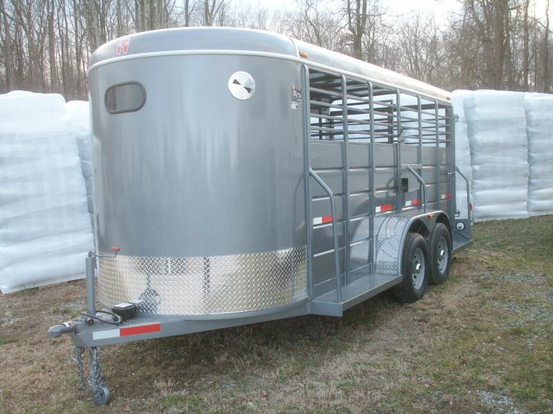 2018 W-W Trailer ALL AROUND 16 BP HD Livestock Trailer