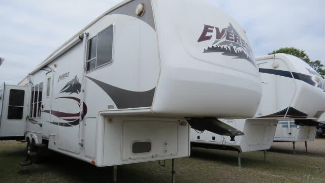 2005 Keystone Everest 366I in Ashburn, VA