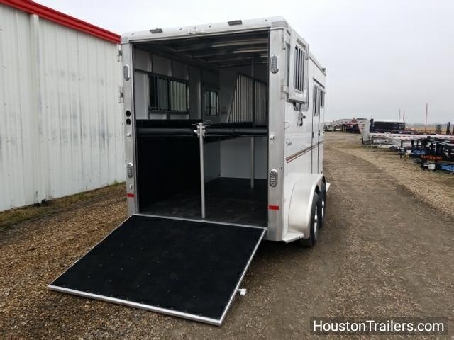 2018 Sundowner Trailers 2 H Charter TR SE Horse Trailer SD-73