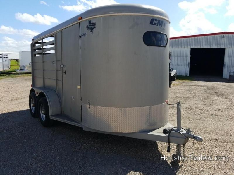 2005 CM Dakota 2H Horse Trailer 8102