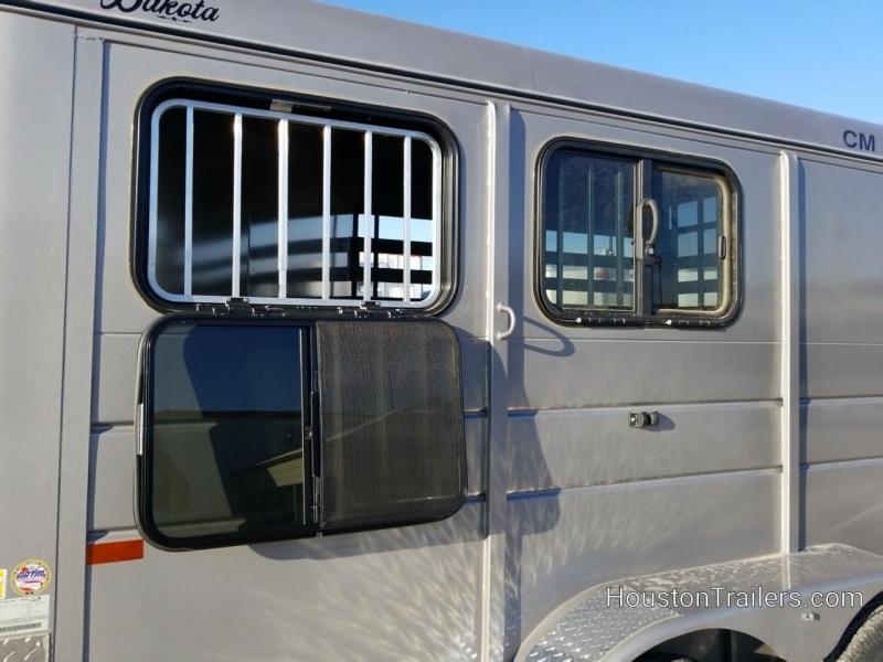 2019 CM Dakota 2 Horse 14' x 6' 7k Trailer CM-67