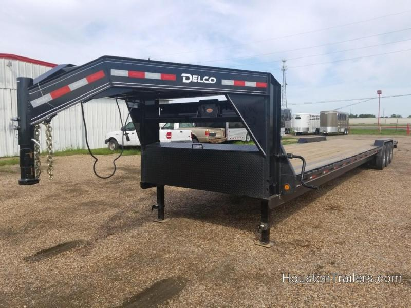 2019 Delco Trailers 40' Equipment Trailer DEL-45