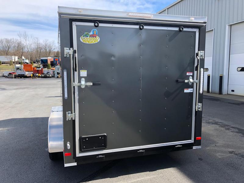 COVERED WAGON 2018 CHARCOAL 7' x 12' TANDEM AXLE V-NOSE ENCLOSED CARGO TRAILER