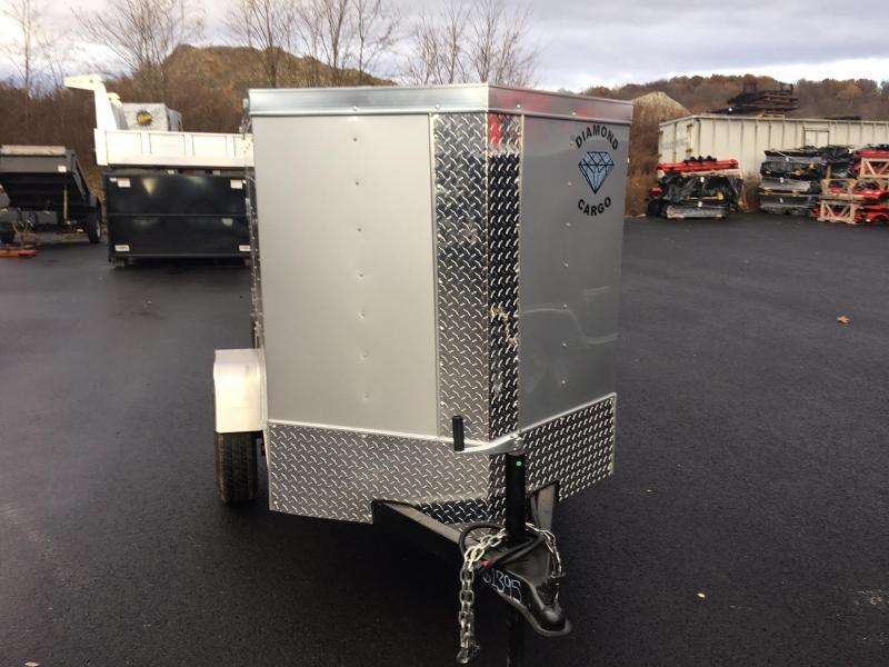DIAMOND CARGO 2019 4' x 6' SINGLE AXLE SILVER ENCLOSED CARGO TRAILER