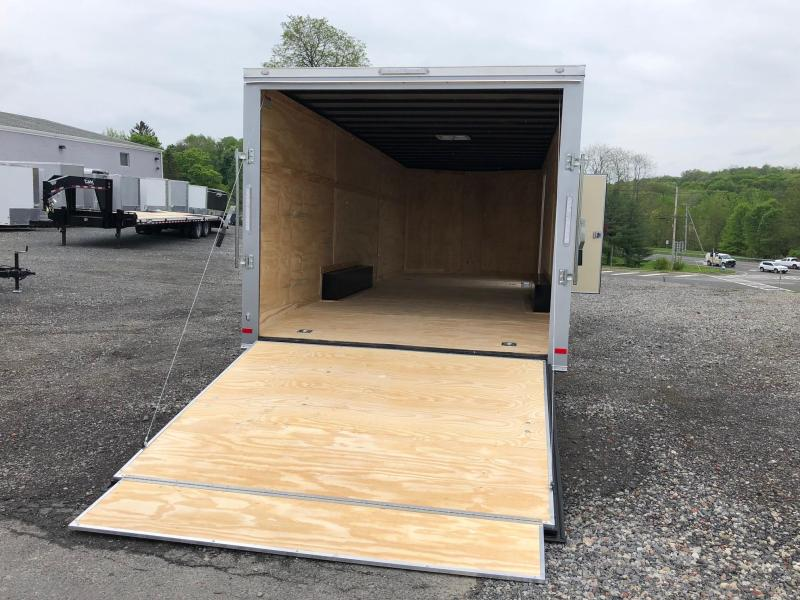COVERED WAGON 2018 SILVER 8.5' x 24'  ENCLOSED CARGO TRAILER