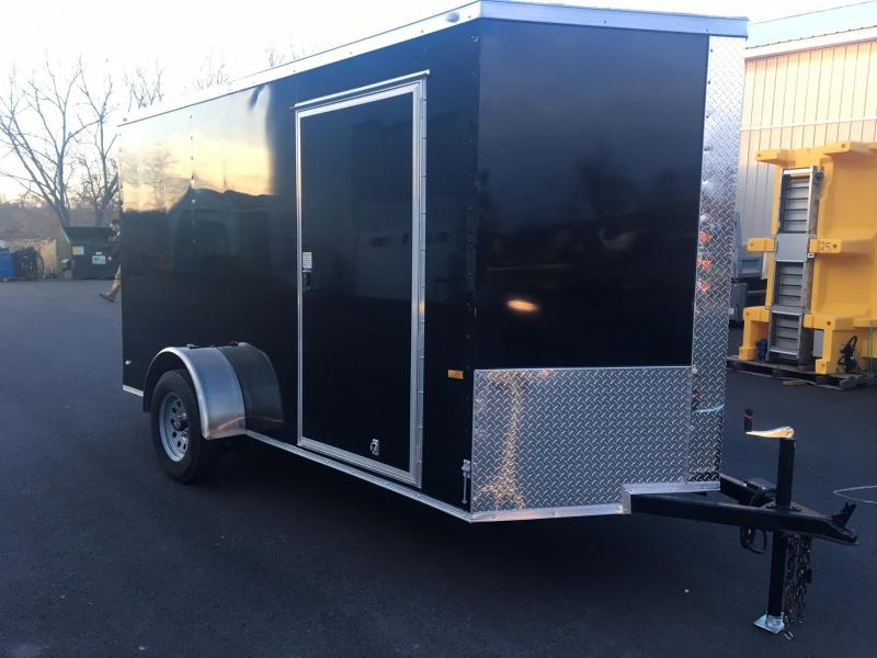 ROCK SOLID 2019 6' x 12' BLACK SINGLE AXLE V-NOSE SEMI SCREWLESS ENCLOSED TRAILER