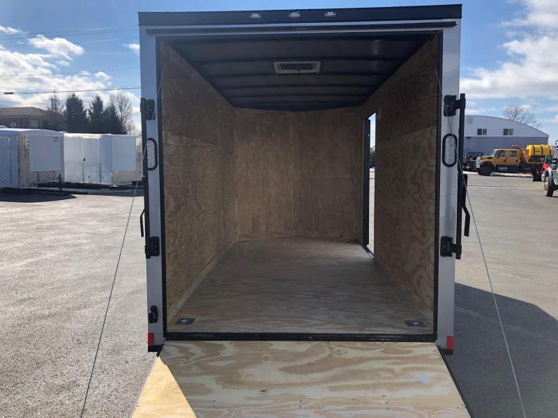 ROCK SOLID 2019 6' x 12' SINGLE AXLE SILVER WITH BLACK OUT PACKAGE SEMI SCREWLESS V-NOSE ENCLOSED TRAILER