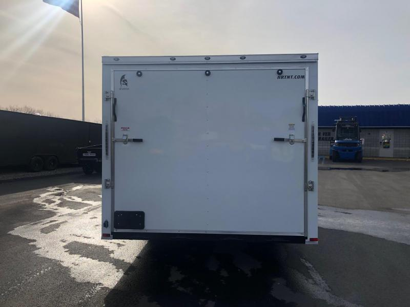 SPARTAN CARGO 2019 8.5 X 24 TANDEM AXLE WHITE SEMI SCREWLESS ENCLOSED TRAILER