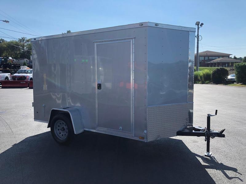 DIAMOND CARGO 2019 6' x 10' SINGLE AXLE SILVER ENCLOSED TRAILER