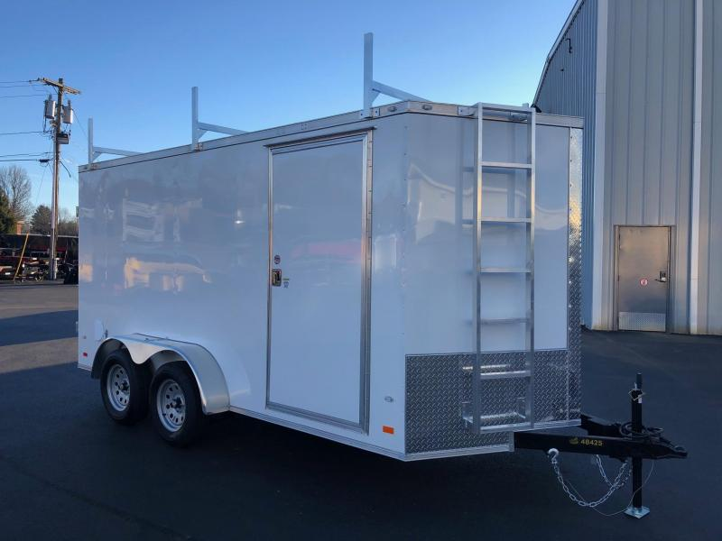 COVERED WAGON 2019 WHITE 7 x 14 TANDEM AXLE SEMI-SCREWLESS ENCLOSED CARGO TRAILER WITH LADDER RACKS