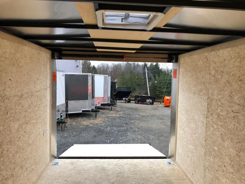 LOOK 2019 7 X 12 TANDEM AXLE CHARCOAL SCREWLESS ELEMENT SE FLAT TOP V-NOSE CARGO / ENCLOSED TRAILER