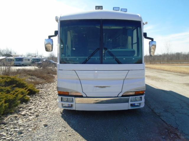 2000 American Coach HERITAGE Class A RV