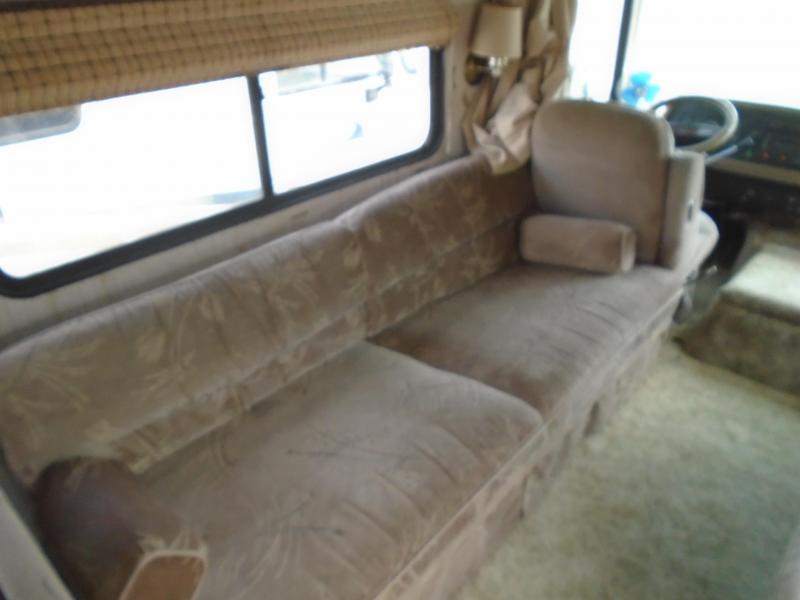 1991 Fleetwood BOUNDER 31K Class A RV