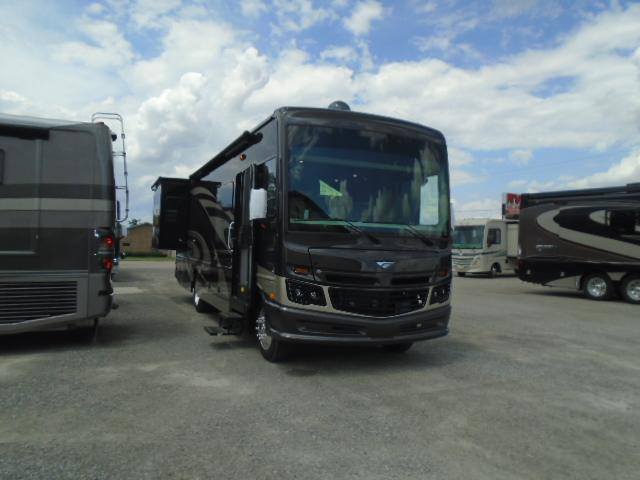 2019 Fleetwood RV BOUNDER 33C Class A RV