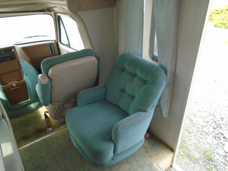 1989 Coachmen  CATALINA 24CB  -  SOLD