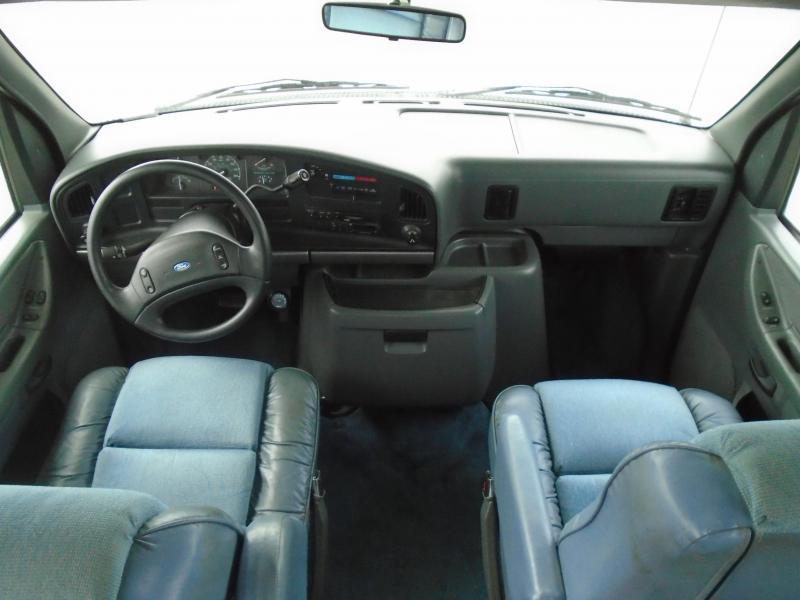 1995 Coachmen CATALINA 275QB Class C RV-  GAS