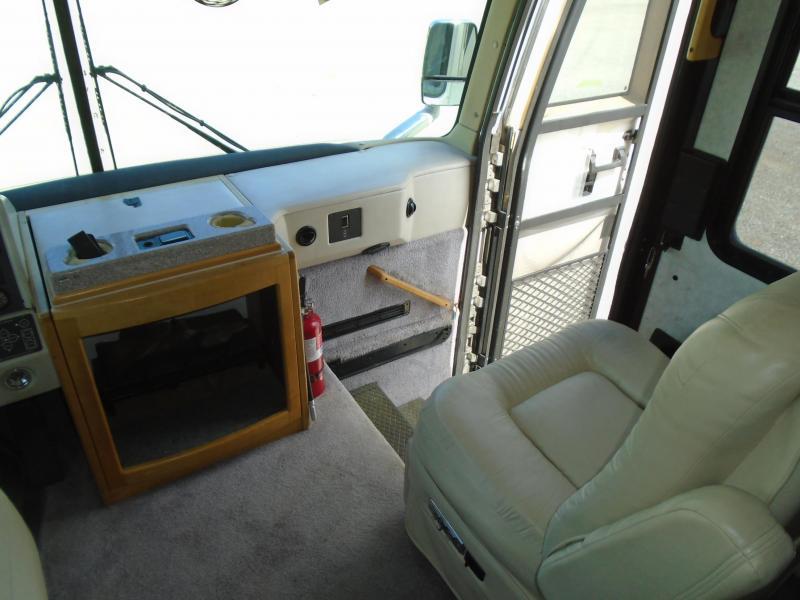 2000  AMERICAN EAGLE 40EDF Class A RV-  DIESEL