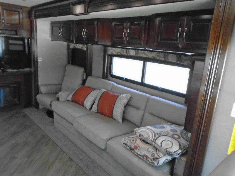 2018 Pace Arrow  39LXE Class A RV