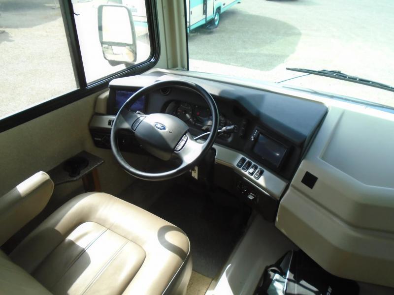 2016 Fleetwood BOUNDER 35K Class A RV