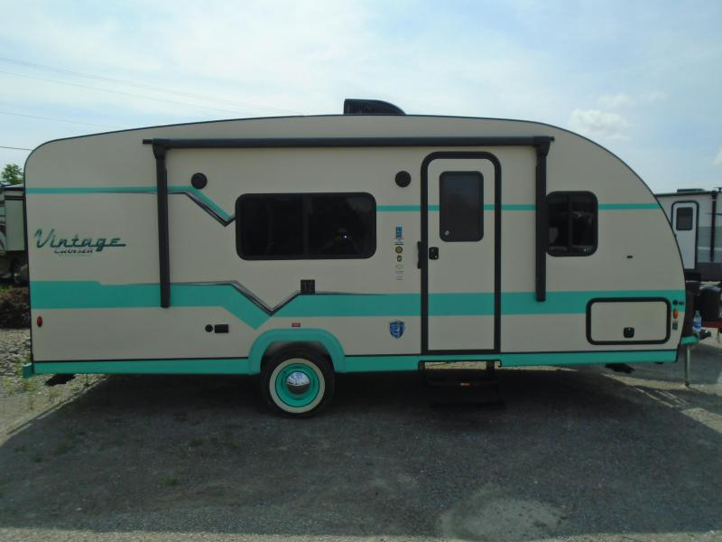 2020 Gulf Stream VINTAGE CRUISER 19RBS Travel Trailer RV