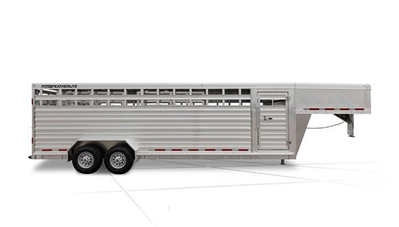 2019 Featherlite 8127 30' Livestock Trailer