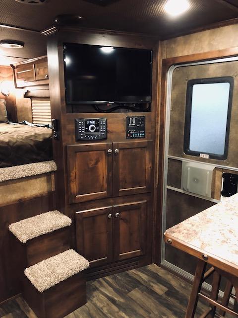 2019 Merhow 8016 BUNK BED STOCK COMBO
