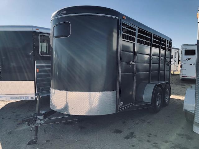 2015 Calico 3 Horse Slant