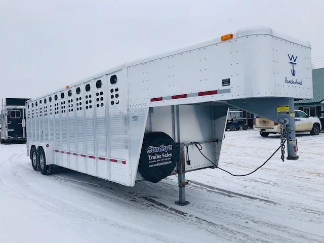 2007 Wilson 24' Livestock Trailer