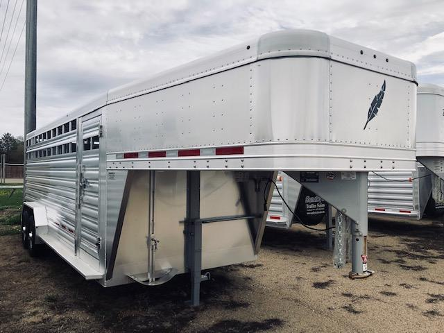 2020 Featherlite 8127 Livestock Trailer