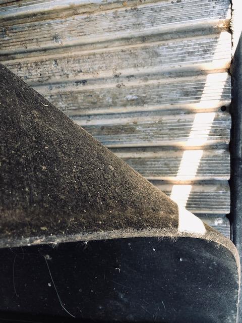 2000 Sundowner 3 Horse Slant