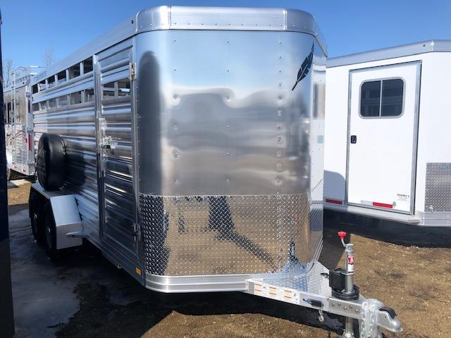 2019 Featherlite 8107 16' Livestock Trailer