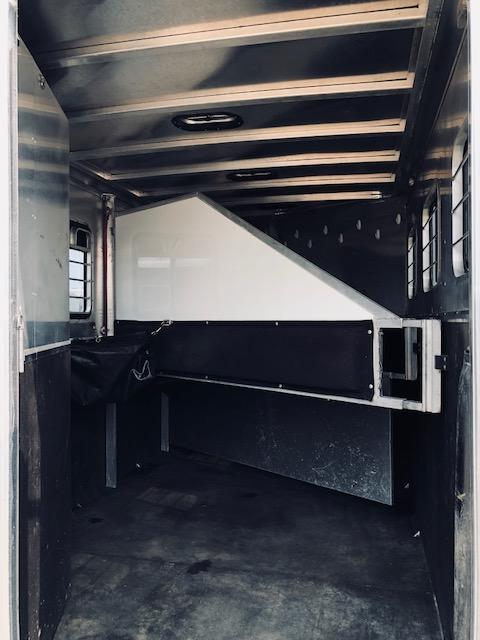 2003 Kiefer 3 Horse 9'Shortwall